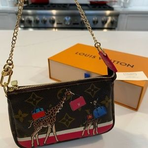 LV Monogram Xmas Edition Giraffe Mini Pochette bag